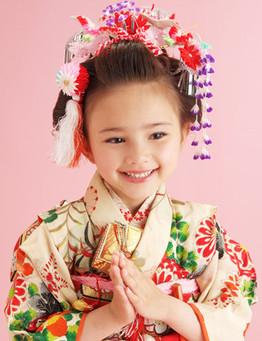 七五三、日本髪風スタイルも良いですよ