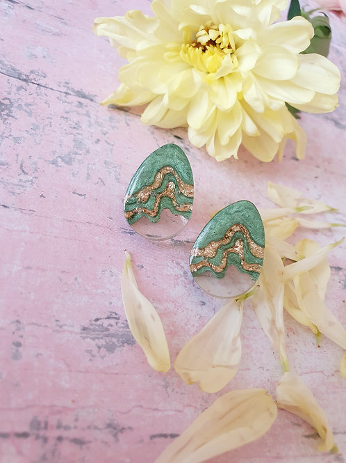 Cascade gold and green earstuds - hypoallergenic