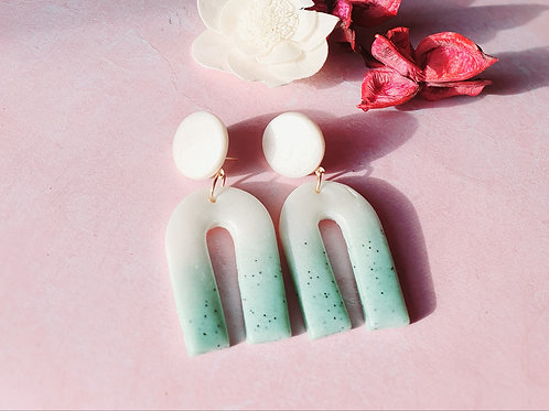 Ombre arch dangles - pearl effect