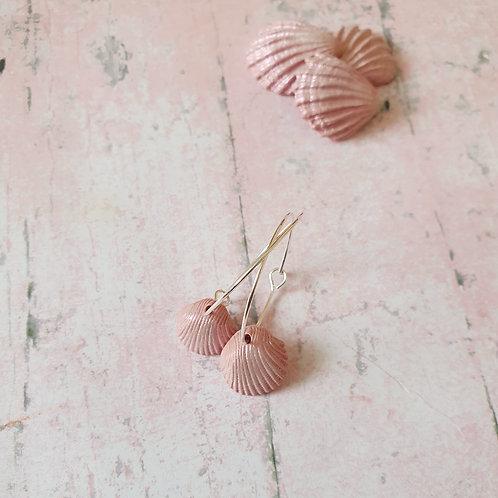 Pearl pink seashell hoop earrings