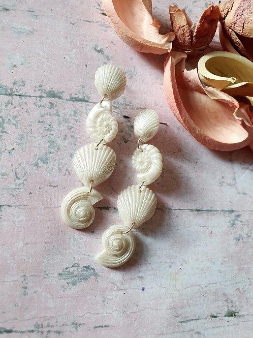 White pearl seashell earrings