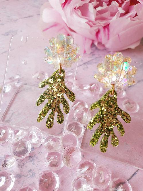 Coral Seashell Dangle earrings - hypoallergenic