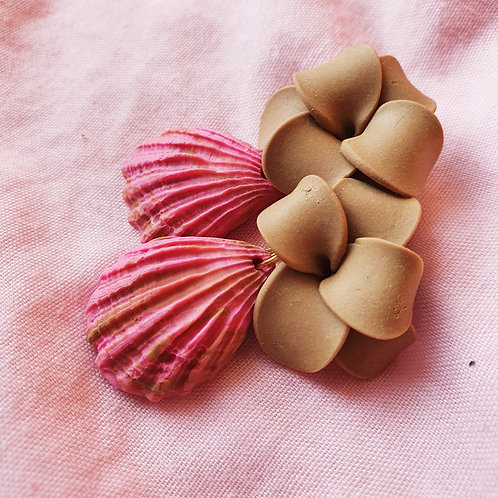 Seashell flower dangles - greenish beige and pink
