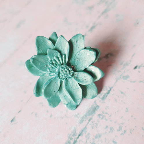 Flower ring - adjustable