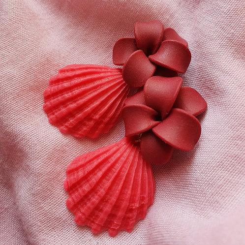Red seashell dangles