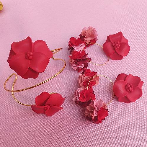 Flower bomb bracelet - adjustable