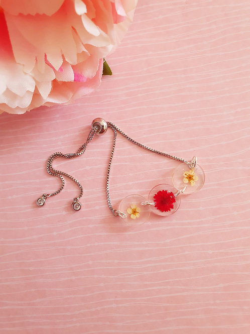 Flower bracelet - adjustable