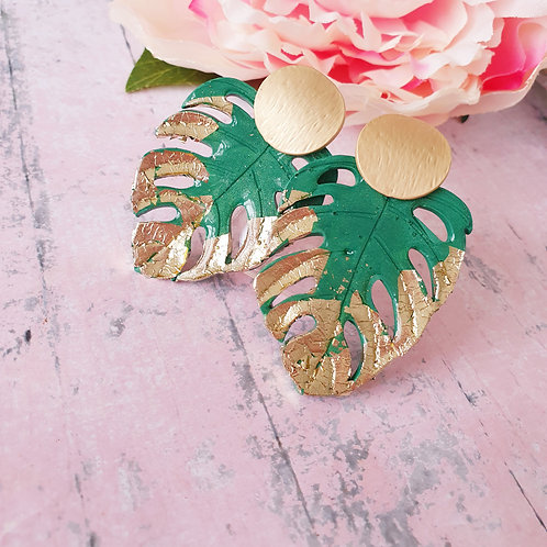 Gold and green monstera earrings