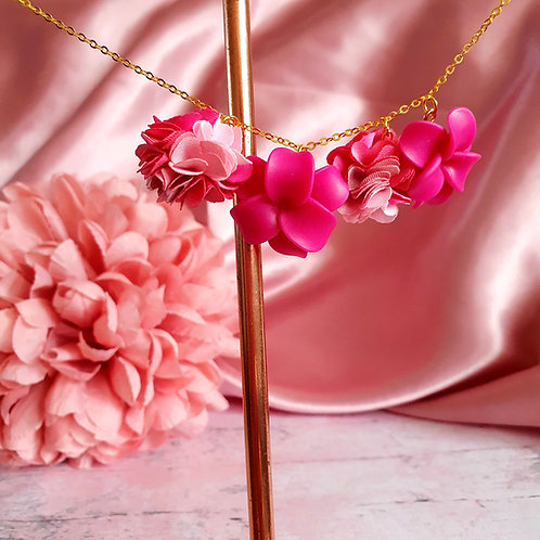 Flower bomb necklace