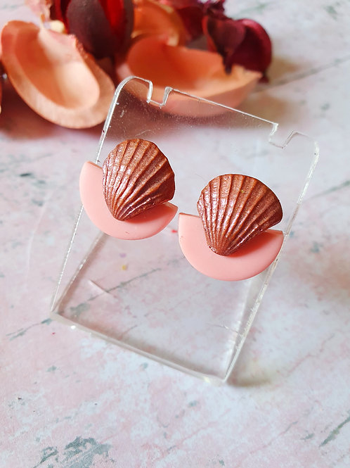 Tiny seashell in pearl brown effect - ear studs - hypoallergenic