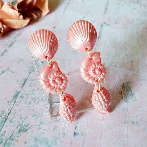 Pearl effect light pink dangles - hypoallergenic