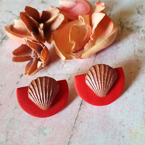 Red and bronze seashell ear studs