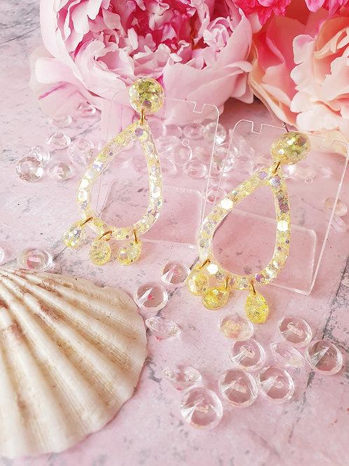 Yellow pastel glitter teardrop earrings - hypoallergenic