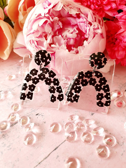 Black flower arch earrings