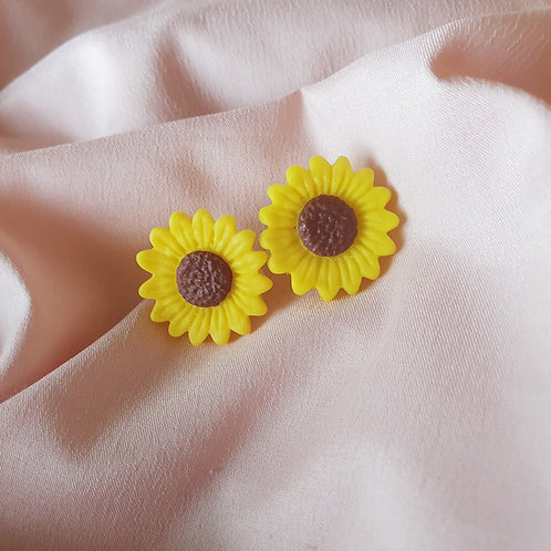 Sunflower ear studs - hypoallergenic