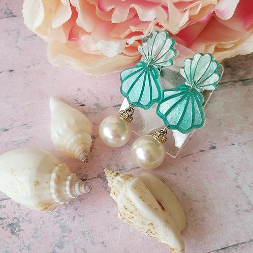 Seashell Big Pearl Earrings - hypoallergenic