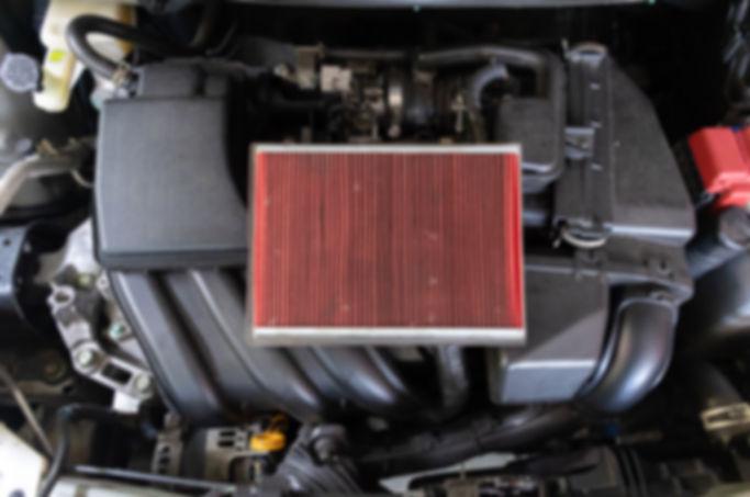 cambio-filtro-aria-auto-nuovo_33807-202.