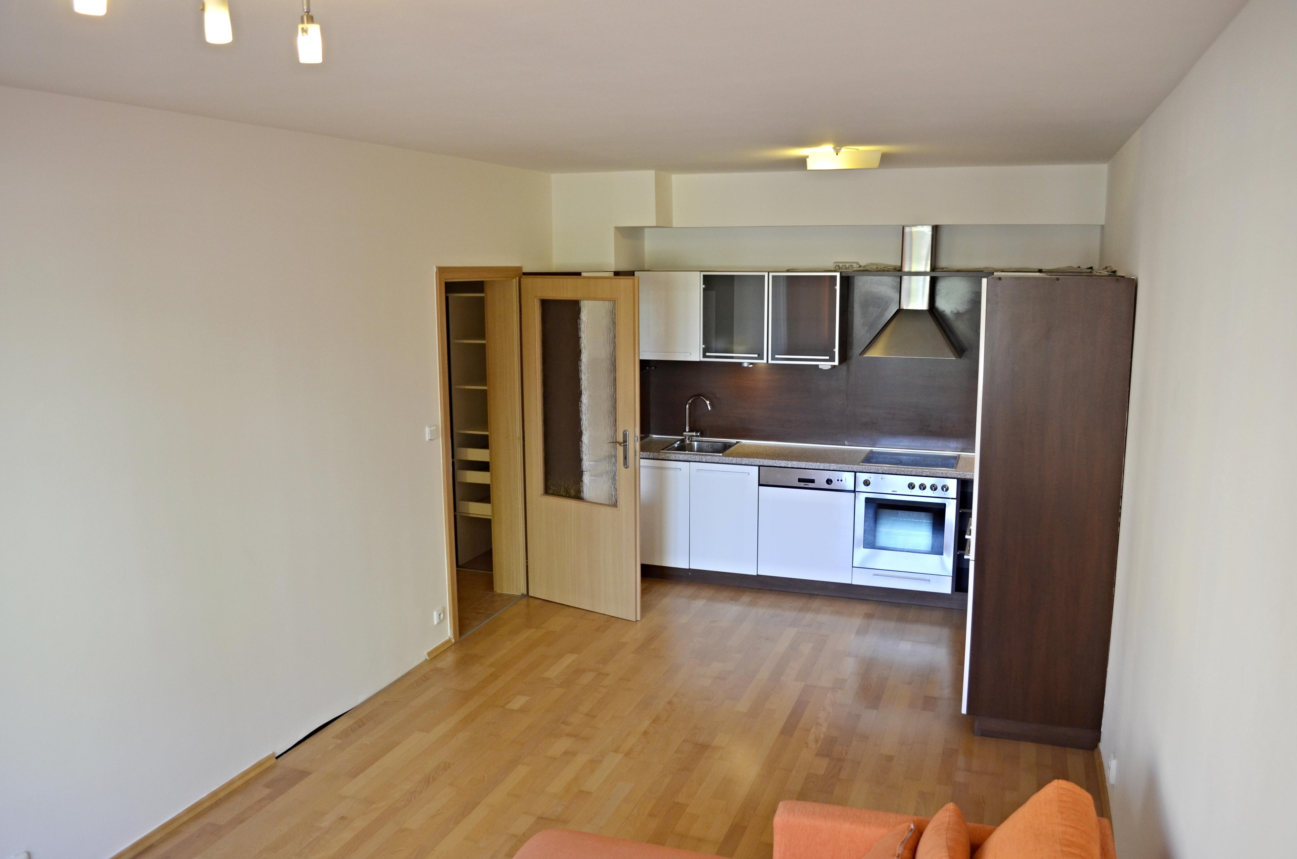 PRODÁNO byt v Čakovicích