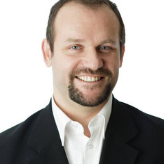 Michal Vyhnálek, realitní makléř