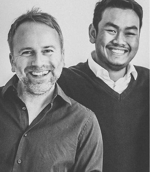 Seel Photodesign: Christian Seel als Inhaber und Fotograf und Jenwit Ruangprim als angestellter Fotograf bilden das Team und überzeugen mit ihrem geschulten Auge und kreativer Fotografie.