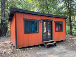 cabin outside 2.JPG