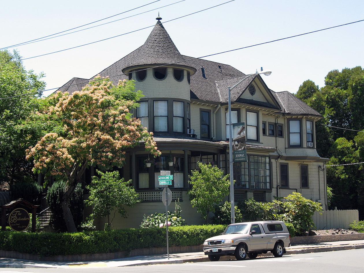 W._H._Lumsden_House,_727_Mendocino_Ave.,
