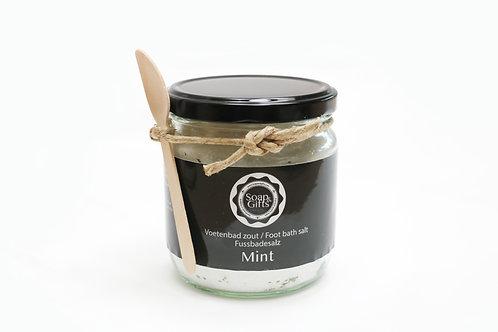 4 x pots of foot bath salts 'Mint'