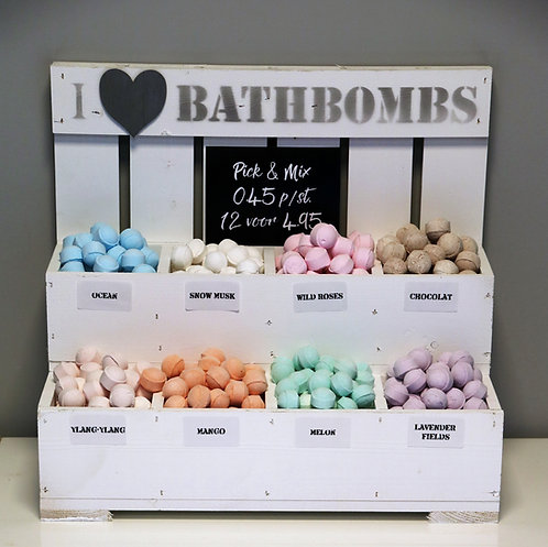 Complete 'Pick and Mix' display mini bath bombs