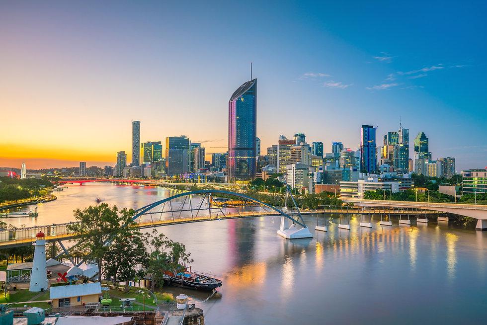 Brisbane city skyline and Brisbane river