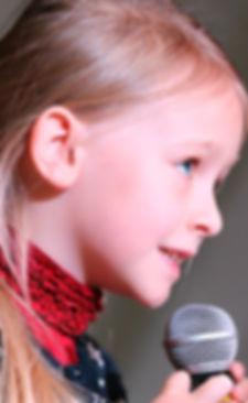 adolescent-blur-child-236149.jpg