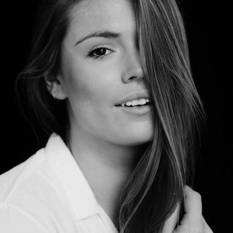 olathe, ks | model | chloie