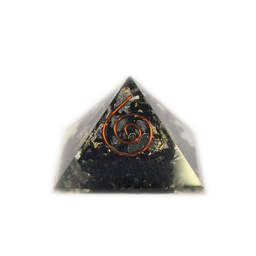 Sm Orgonite Pyramid 25mm Gemchips and Copper