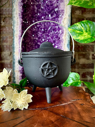 Cast Iron Pentacle Cauldron (Medium)