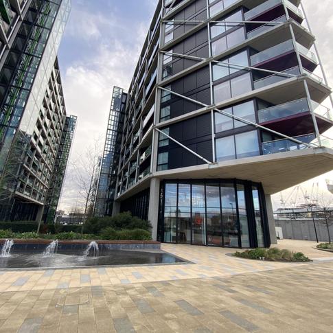 Right Formula HQ, Nine Elms Lane- London (2020)