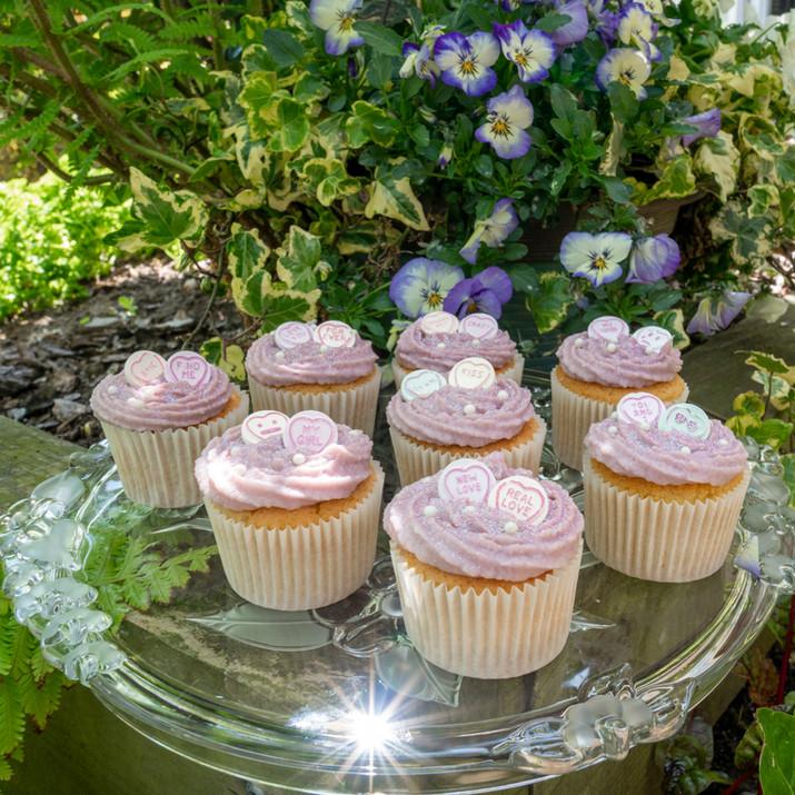 kates kakes pink valentines cupcakes