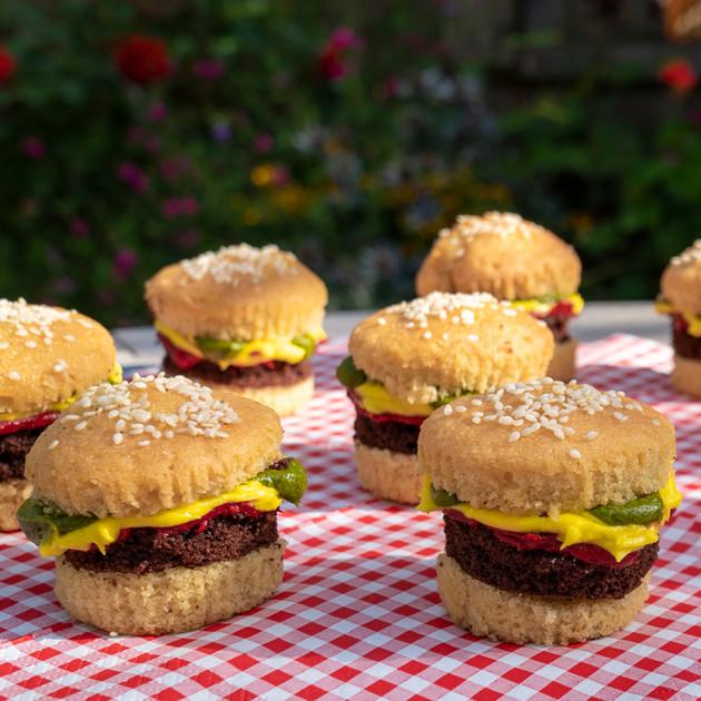 Kates Kakes Mini Burger Cupcakes