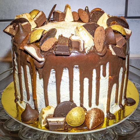 Kates Kakes Chocolate Brownie Cake
