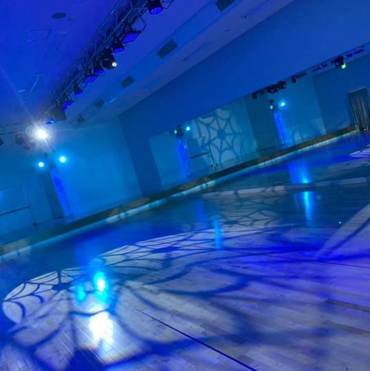 120教室照明青.jpg
