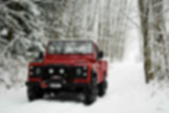 Defender 110 Snow Pacific Off-Road.jpg