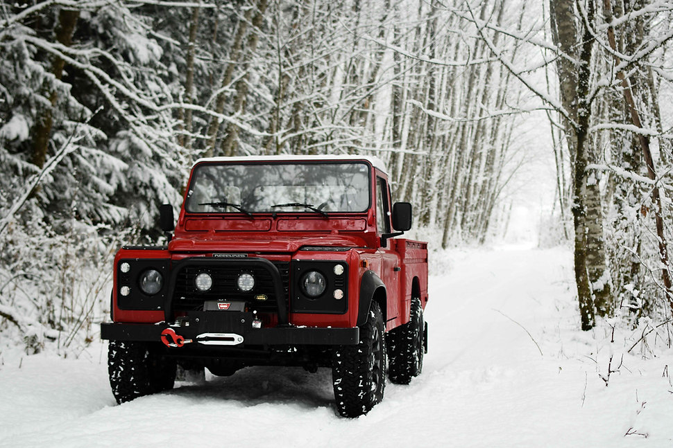 Defender 110 Snow Pacific Off-Road.jpg