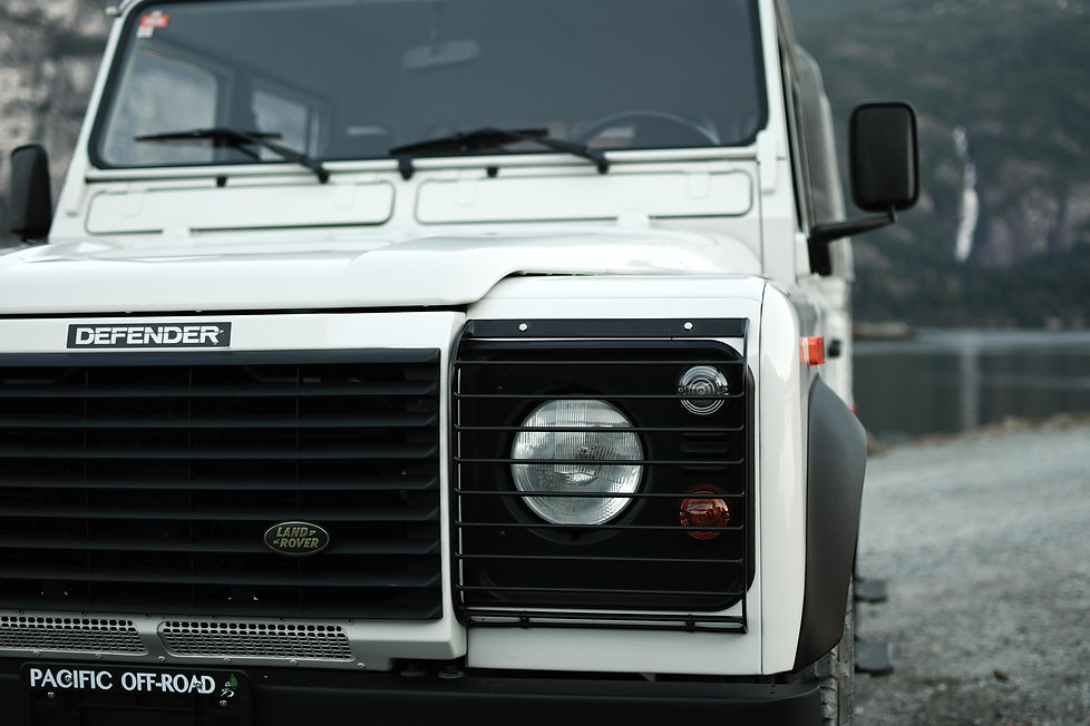 2004 Defender 130 Grille Spit at Pacific