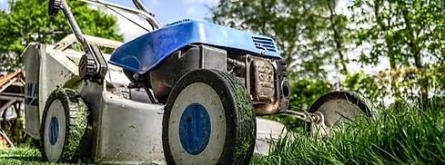 lawnmower-384589__340.webp