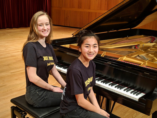 Rebecca & Chloe were excellent stage hands