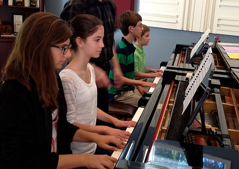 Duet reading in piano class