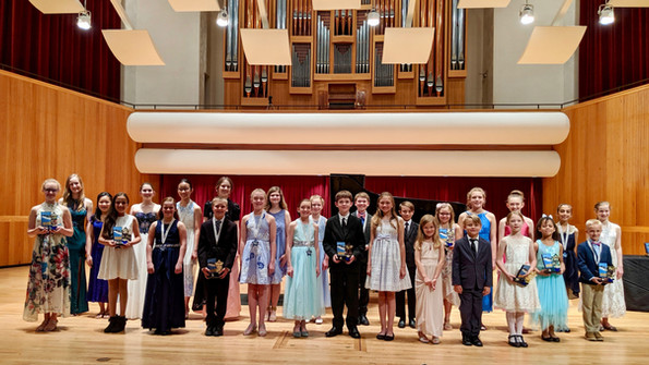 Afternoon Recital Group May 2019.jpg