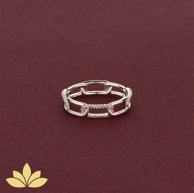 WR05 - Silver Embellished Chain Ring
