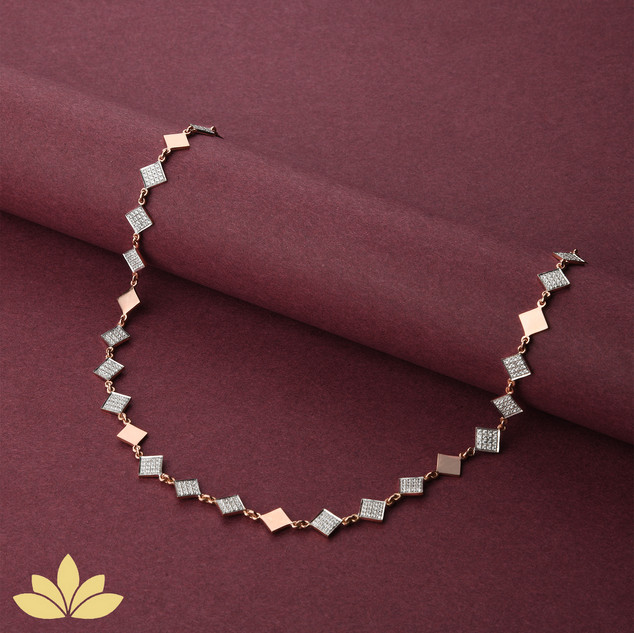 WN03 - 1 to 3 Square Necklace in Rose Gold