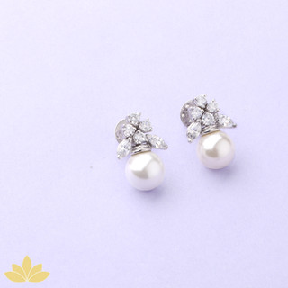 E029 - Marquee Cluster with Pearl Drop Earring
