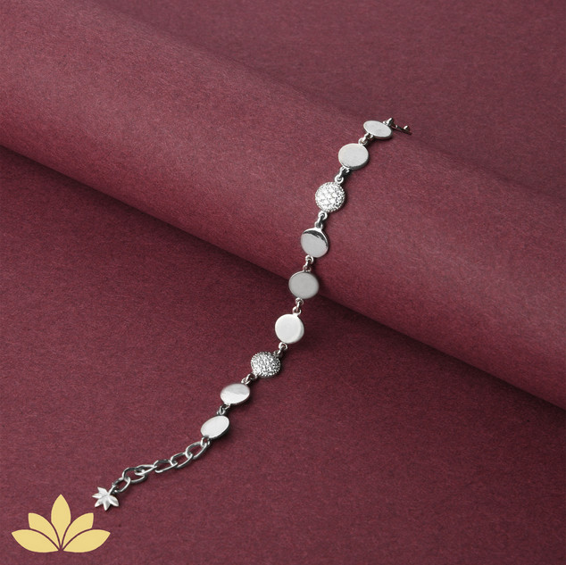 WB02 - 1 to 3 Circle Bracelet in Silver