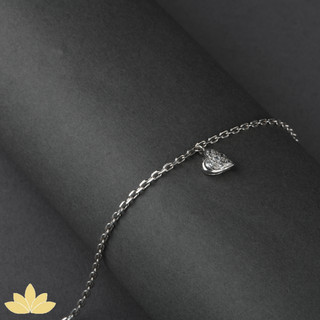 B005 - Heart Charm Bracelet